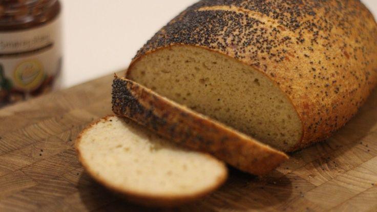 Hurtig, nem og lækker opskrift påfranskbrød, uden mel og sukker. Sundt alternativ tilmorgenbrødet. Se flere billeder og få opskriften her ➔
