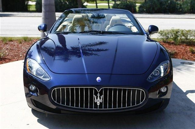 2014 Maserati GranTurismo Base Base 2dr Convertible Convertible 2 Doors Blu Oceano Metallic for sale in Naples, FL Source: http://www.usedcarsgroup.com/new-maserati-granturismo-for-sale