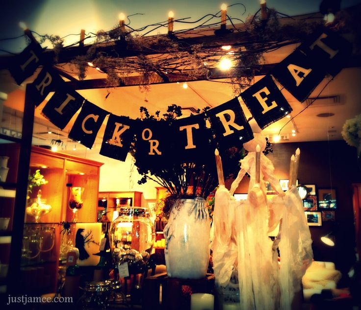 halloween store on broadway vancouver