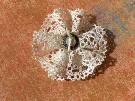 tuto fleur en dentelle