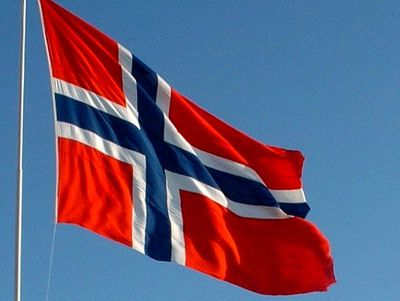 Learn Norwegian and get a job in Norway! There are lots of places where you can learn Norwegian online. www.learnnorwegiangetajob.com