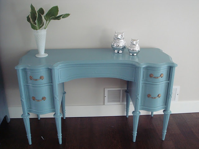 Furniture Redos Fantastic Website Where This Gal Julie Remakes