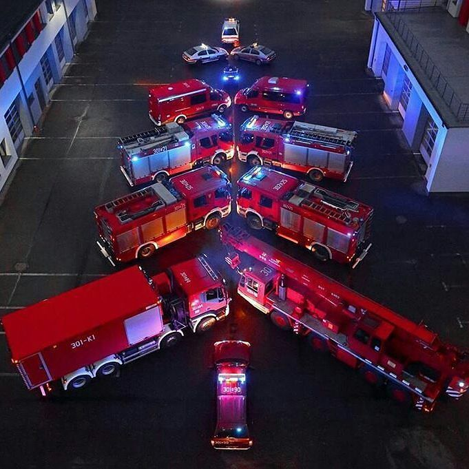 FEATURED POST  @strazacki.pl -  Choinka opolskich strażaków :) ___Want to be featured? _____ Use #chiefmiller in your post ... . CHECK OUT! Facebook- chiefmiller1 Periscope -chief_miller Tumblr- chief-miller Twitter - chief_miller YouTube- chief miller .  #firetruck #firedepartment #fireman #firefighters #ems #kcco  #brotherhood #firefighting #paramedic #firehouse #rescue #firedept  #iaff  #feuerwehr #crossfit #chiveeverywhere #brandweer #pompier #medic #motivation  #ambulance #emergency…