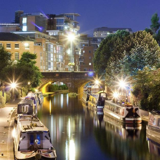 """#DiscoverBirmingham Birmingham canal looking serene (Image: Dave Clarke)"""
