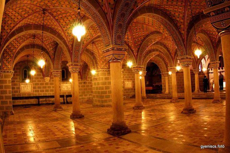 Hungary- Pécs A bazilika altemploma