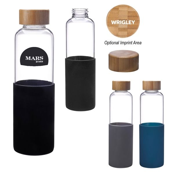 Entice more people over to your booth when you place this beautifully designed bottle out at the next tradeshow! It's made of high borosilicate glass and features a silicone sleeve (available in black, gray, and navy blue) for easy handling. This has a wide mouth opening that can be sealed by its screw-on, spill-resistant bamboo lid. This stores up to 18 oz., but is not for hot liquid use. It's BPA free and meets FDA requirements. Hand was...