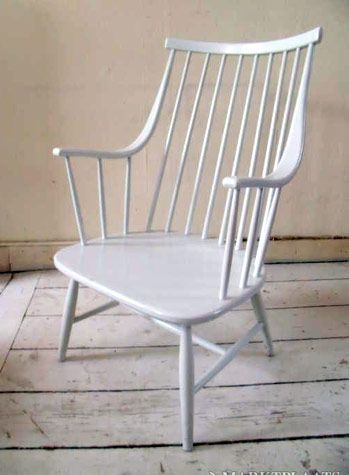 this chair has great lines
