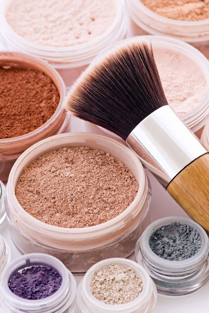 Some of you may have not heard of mineral cosmetics yet, but here's a chance to learn more on how to keep your skin healthy even with make up on it. Mineral makeup is a return to technologies that have been in use since ancient times. The growing desire for natural cosmetics and the increasing number of women who identified themselves as having sensitive skin, were the main reasons than we can enjoy the benefits of mineral makeup today.