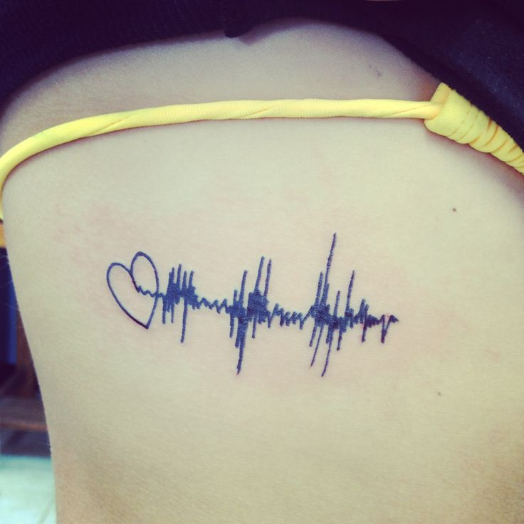 The sound wave of Paisley Grace's heartbeat the first time I ever heard it <3 perfection