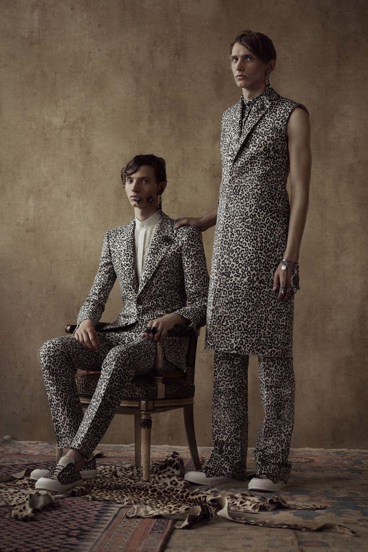 Alexander McQueen - Spring 2017 Menswear