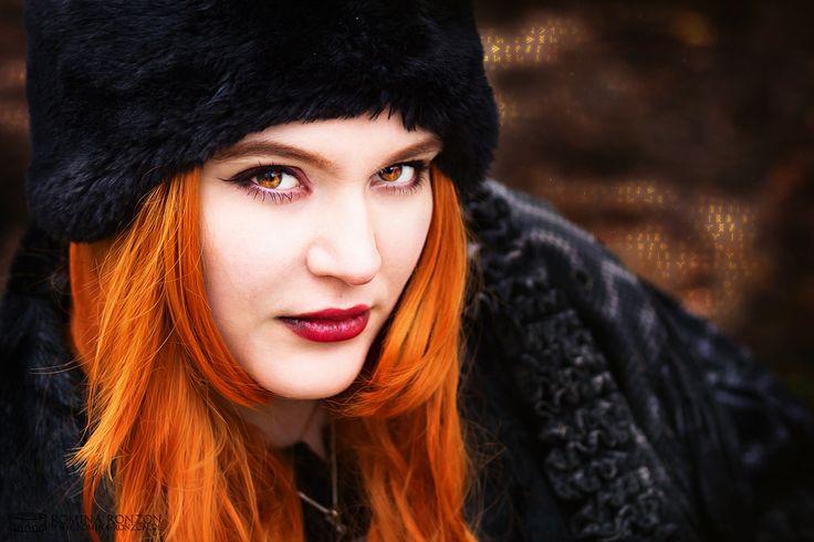 https://flic.kr/p/CRbHXj | Tartan Fire | Model: Tartan Girl Diana Alieva Foto: Romina Ronzon  www.romina-ronzon.de Fantasy Fotografie / Tierfotografie / Kreativ Fotografie