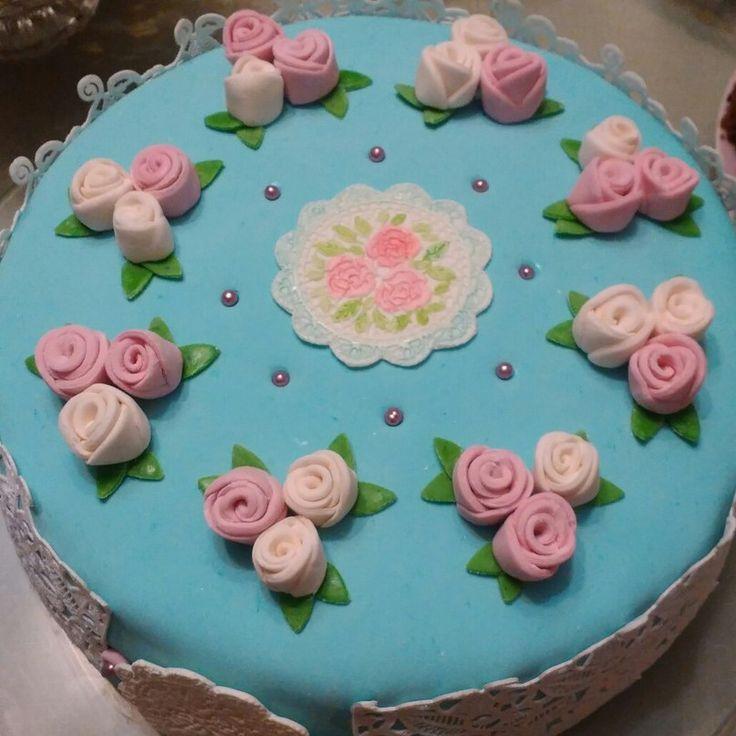 торт себе на день рождение