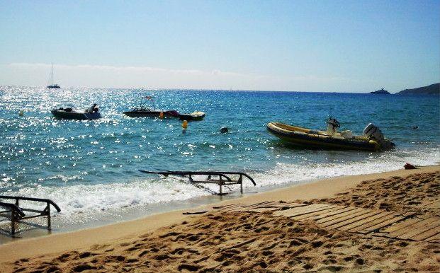 Relax in Saint Tropez - Tahiti beach