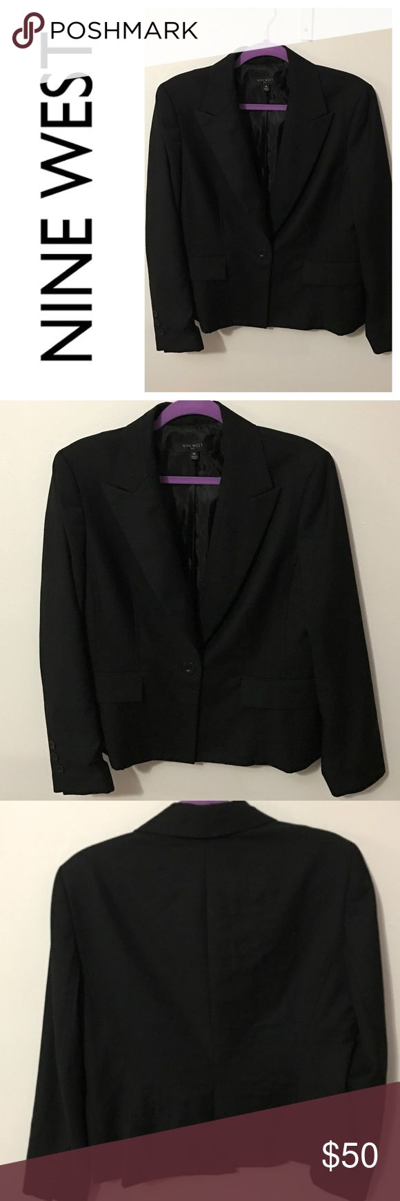 """🆕 Gorgeous Black Suit Jacket ✨FEATURES ✨   - 22"""" Bust  - 14.5"""" Armpit to Hem - 25"""" Sleeve Length  - No flaws or imperfections  - PHOTOS ARE NOT EDITED/FILTERED Nine West Jackets & Coats Blazers"""