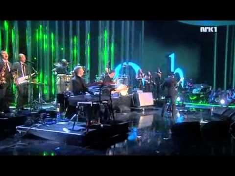 Jamiroquai - Virtual Insanity (live at Nobel Peace Prize Concert 2010) - YouTube