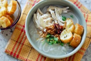 LAOTIAN HANDMADE CHICKEN RICE NOODLE SOUP
