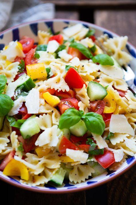 Simple pasta salad with honey mustard dressing  – lecker