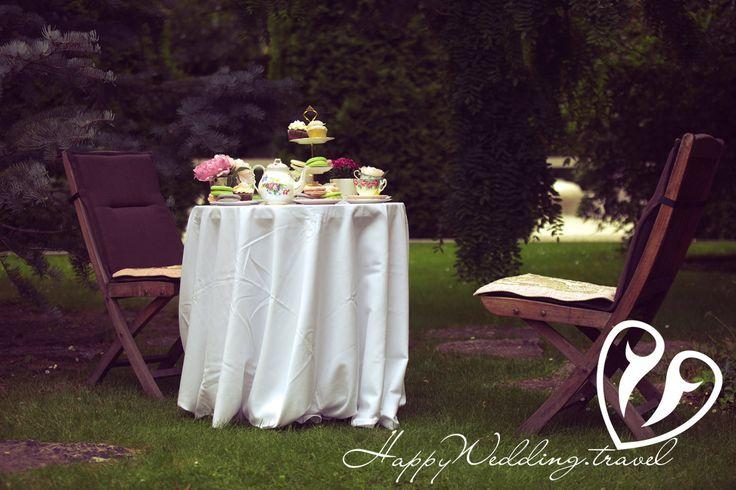 wedding cupcake, cake pops, macaroons, капкейк, кейк попс, макарон на свадьбе в Чехии. Фотограф Сергей Секуров, Wedding sweets, tea party, wedding tea party, свадебное чаепитие