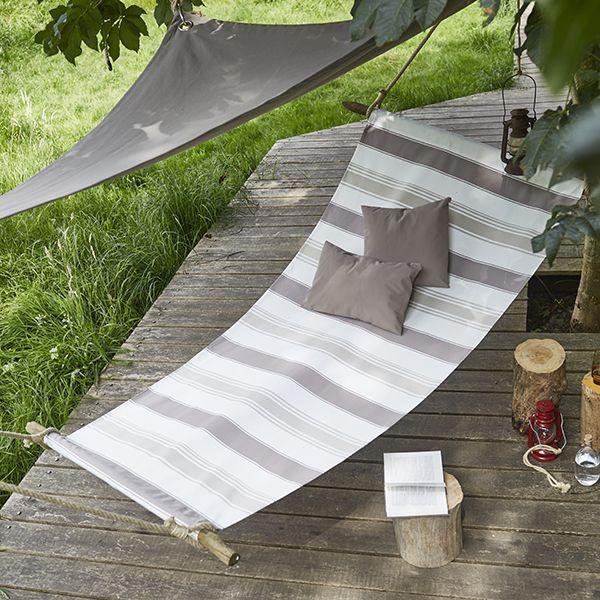 Tutoriel hamac : #Outdoor #déco #extérieure #jardin #terrasse #décoration #tendance #été #printemps #assise #tissu #tissus #mètre #couture #sewing #diy #doityourself #bache #mondial #tissus #mondialtissus