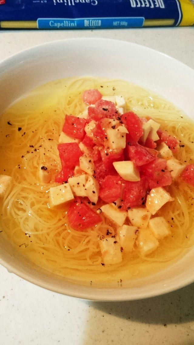 画像6 : 「おだしトマト」をご存知でしょうか?いまネットで、じわじわとブームになっているおだしトマト。栄養分がたっぷりで、また洋食にも和食にも、いろいろなお料理に使える優れものなんです!今回はそんなおだしトマトの魅力にせまります!