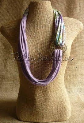 FEITOS PERFEITOS: COLAR DE MALHA.   A variety of very pretty scarves for sale.