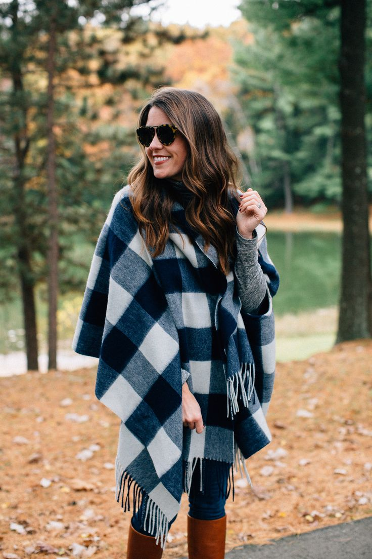 What a fantastic autumn outfit - this plaid poncho, skinny jeans, and riding boots. Complete perfection!