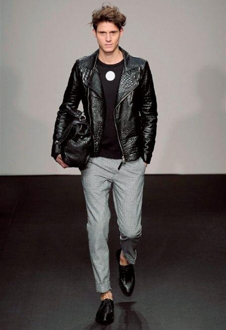 DANIELE ALESSANDRINI • Photos Milano Moda Uomo • Camera Nazionale della Moda Italiana