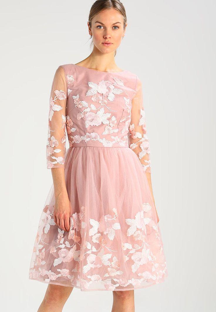 Chi Chi London ROZ - Sukienka koktajlowa różowa na wesele  #wesele #sukienka #sukienki #moda #fashion #vestidos #kleider #dresses