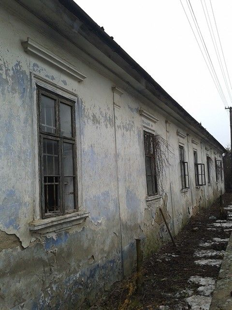 Slovakia, Sobitište, Beautiful old building full of character. It is a shame to see it so deterieted and neglected. 2016