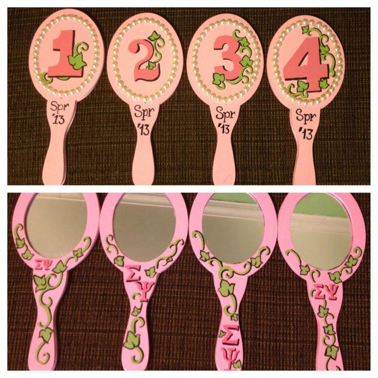 AKA line hand mirrors.... Love the idea