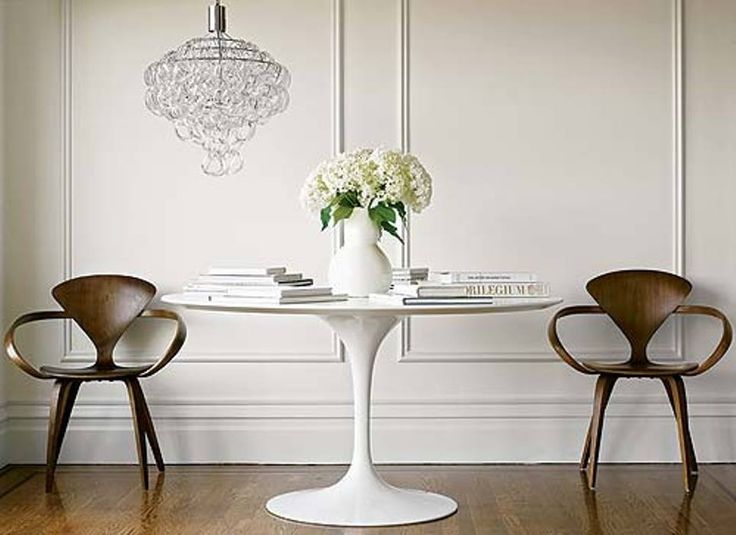 cherner side chairs and knoll saarinen table