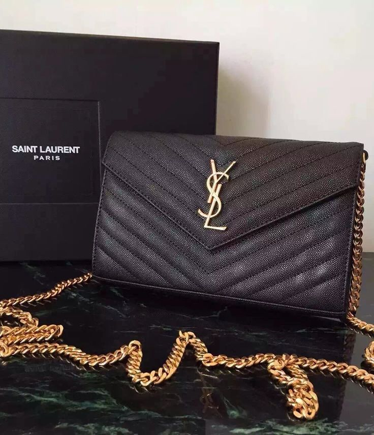 Monogram Saint Laurent Chain Wallet in Black Grain de Poudre Textured Matelasse Leather sale at USD 300. Free Worldwide Shipping. View details on http://www.luxtime.su/ysl-bags/monogram-saint-laurent-chain-wallet-ysl6812bg-black