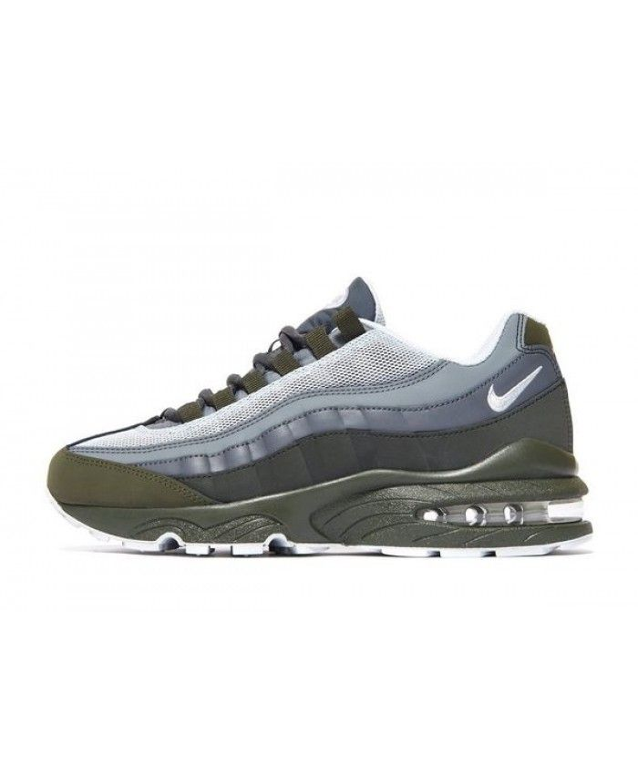 check out 578d5 077b2 Nike Air Max 95 Junior Olive Grey White Trainers