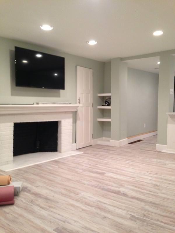 Is This Floor Beige Enough To Not Be Out Of Date In 5 Years Https Imgur Com Oauipev Basement Flooring Options Bedroom Flooring Vinyl Wood Planks
