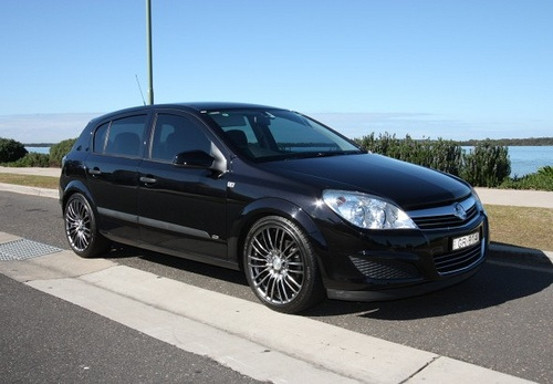 9 best cars for hire images on pinterest gold coast autos and car 2008 holden astra cd httphirebuysell fandeluxe Image collections