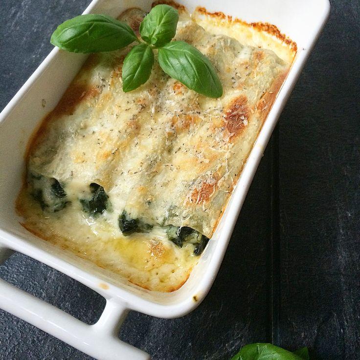 Kuchnia raz! : Cannelloni ze szpinakiem pod serowym beszamelem