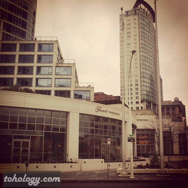 Fairmont Waterfront Hotel (Vancouver, Canada)