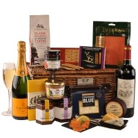 Corporate Hampers Can Take Gift-Giving That Extra Mile,  http://www.scottishhampers.co.uk/hamper/cairn.html