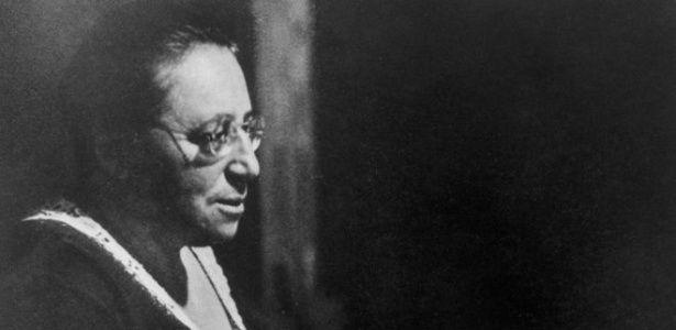 Quem é a mulher que Einstein classificou como 'gênia' e cujo teorema revolucionou a Física - Notícias - Ciência