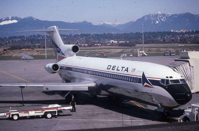 delta airlines 727 | Delta Airlines Boeing 727 N535DA | Flickr - Photo Sharing! / I remember this flight from Chicago O'Heir to Memphis, Tennessee with a Transfer Flight to Huntsville Decatur, Alabama Airport to see my Father there now after moving there. Around April 1974 at age 19. Navy Vacation time for  me.
