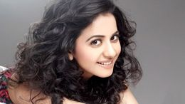 Rakul Preet Singh Cute Face Wallpapers