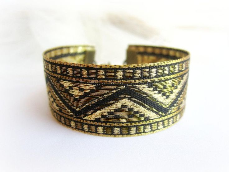 Stoff+Armband+mit+geometrischen+ornament+Boho+Stil+von++Schmuck+Malina+Capricciosa+auf+DaWanda.com