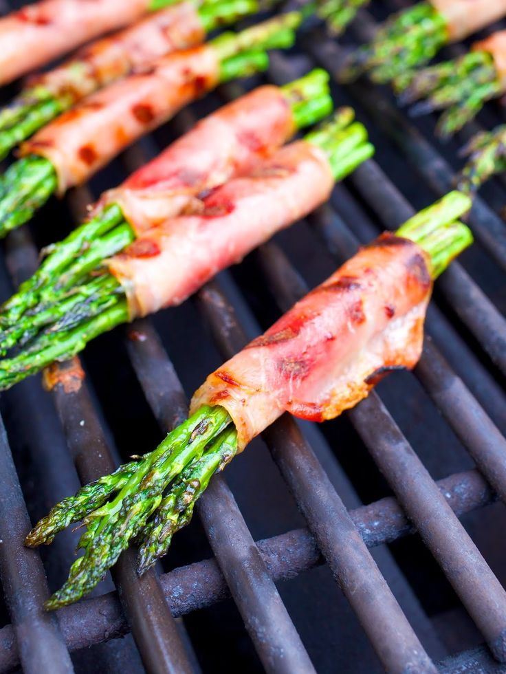 Grilled Asparagus and Prosciutto Wraps