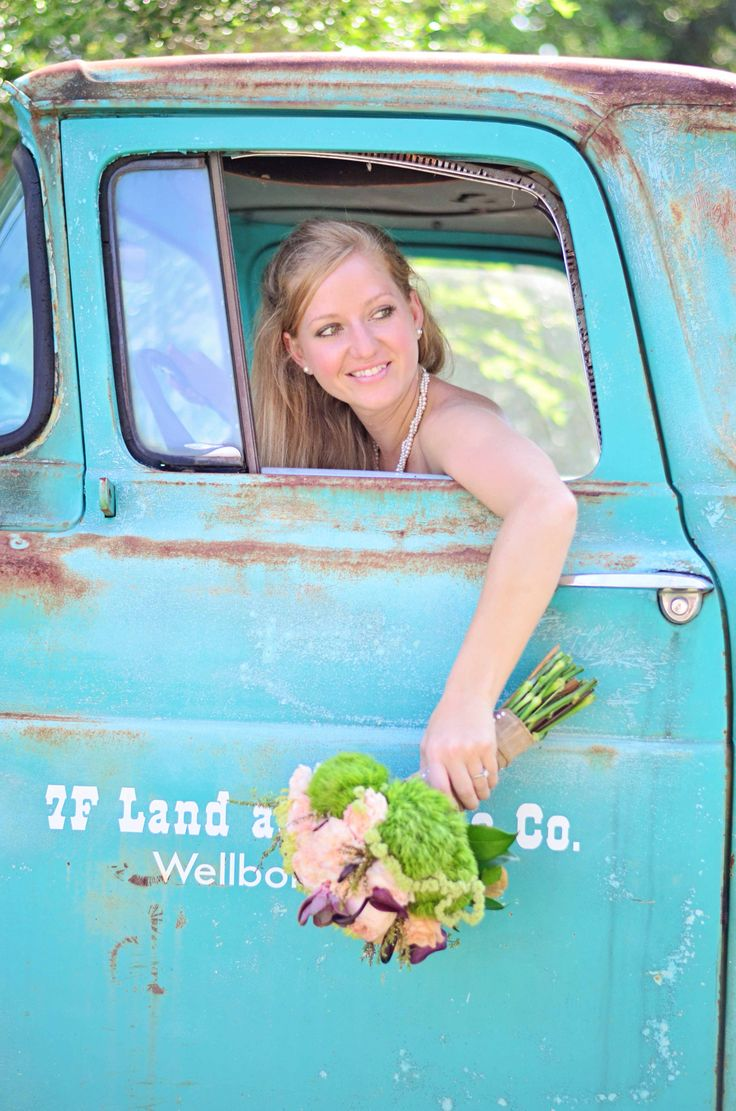 Bridals at 7F Lodge l 09.04.14 and this awesome truck
