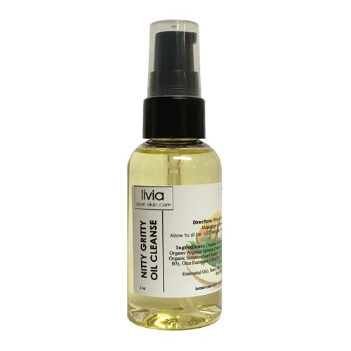 ~for most skin types  Our perfect oil blend removes the perfect amount of facial oil without stripping. Leaves skin dewy, free of dirt and makeup. Allow skin a week to adjust to this cleansing method.  As a Hair Treatment: use for maximum nutrition, split end prevention and repair. Manages flyaways.  $26