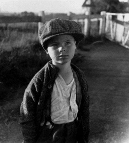 Max Dupain, Australian Modernist Photographer: Young boy, 1930s