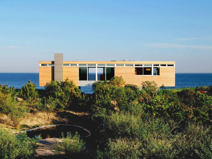 Nice Little Modern Beach House   Esp. Like The Row Of Windows Across The Top