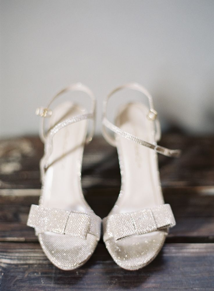 Photography : Kurt Boomer | Shoes : Caparros - Rustic and Romantic Alfresco Wedding in Malibu:
