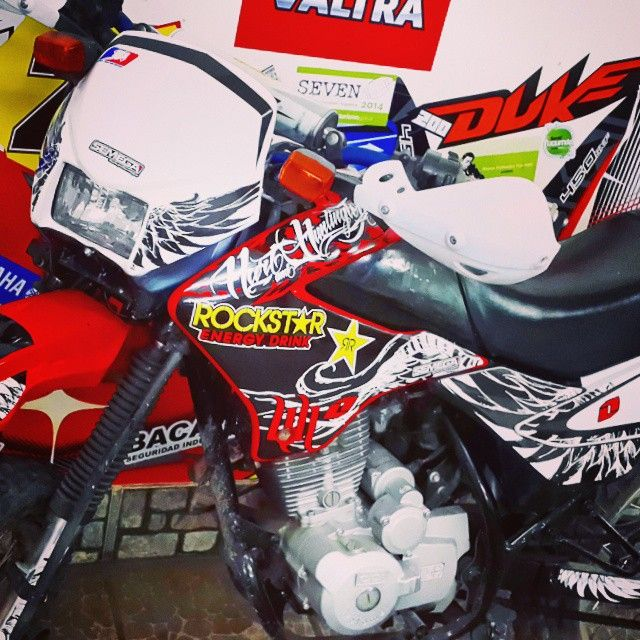 #diseño #calcos #sticker #ploteo #motos #motomel #tucuman