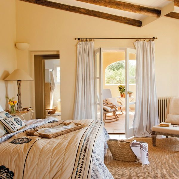 Country style Spanish Interior